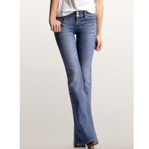 Gap Perfect Boot Jeans in Light Wash